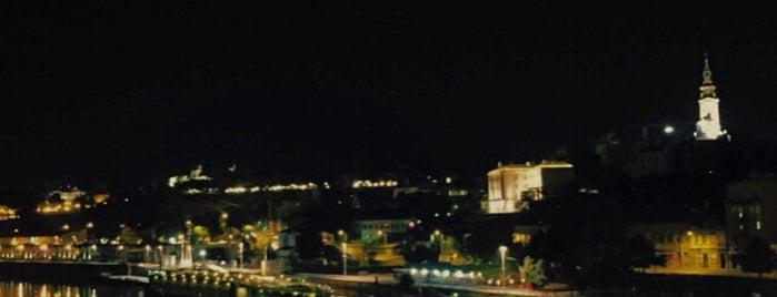 Auto-perionica Bridge is one of Marioさんの保存済みスポット.