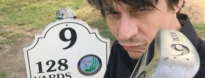 Los Feliz Municipal Golf Course is one of Ian'ın Kaydettiği Mekanlar.