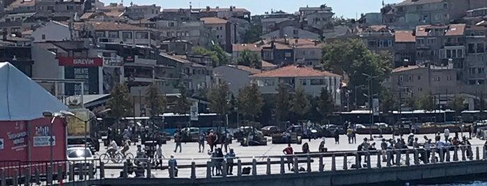 Üsküdar İskele Meydanı is one of Samet 님이 좋아한 장소.
