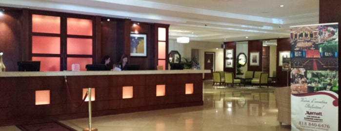 Los Angeles Marriott Burbank Airport is one of สถานที่ที่ Barry ถูกใจ.
