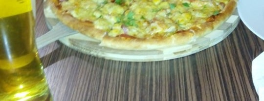 Смачна Піца / Smachna Pizza is one of Обухов 🍴🎭.