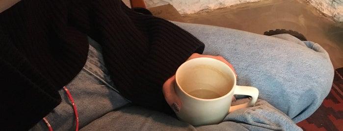 Coffee Racer is one of СПб. Чай-кофе-десерты.