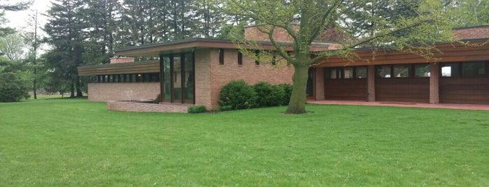 Muirhead Farmhouse is one of Frank Lloyd Wright.
