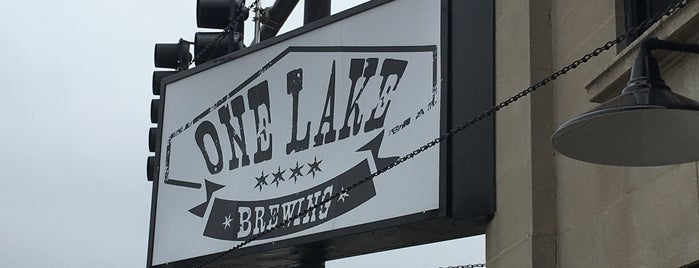 One Lake Brewing is one of Chicago area breweries.
