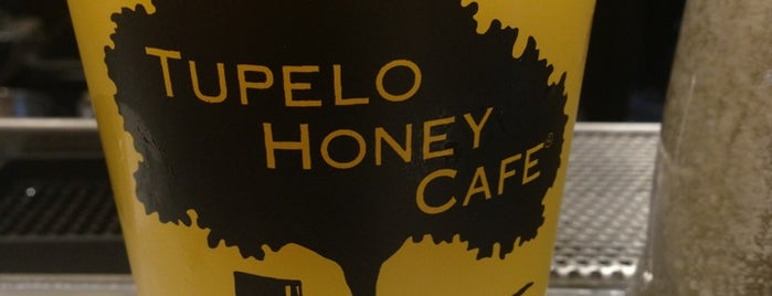 Tupelo Honey Cafe is one of Orte, die Joao gefallen.