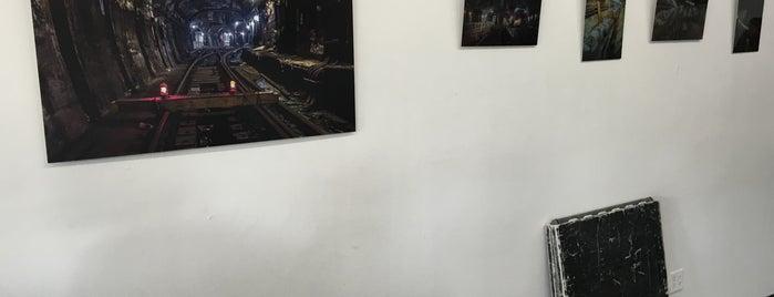 I.M.A.G.E. Gallery is one of Tempat yang Disukai Shawntini.