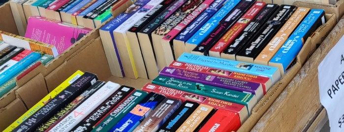 Beggar's Banquet Books is one of Bookstores - International.