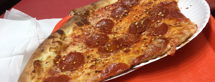Donna Bella Pizzaria is one of pizza.