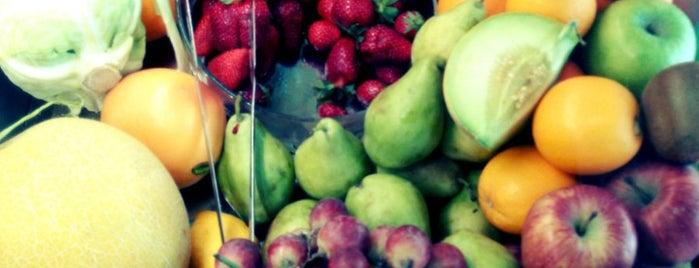 JuiceMe is one of Santorini.