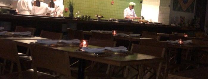 Capim Santo is one of Melhores Restaurantes e Bares do RJ.