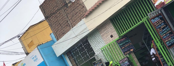"Mercado Modelo ""San Miguel"" is one of Jamhil'in Beğendiği Mekanlar."