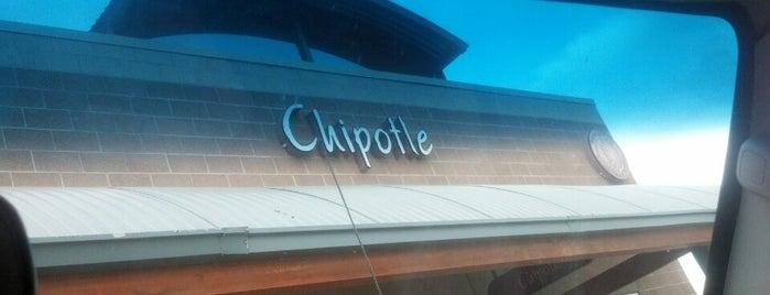 Chipotle Mexican Grill is one of Alan'ın Beğendiği Mekanlar.