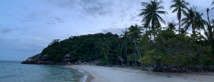 Sainuan Beach is one of Thaïlande.
