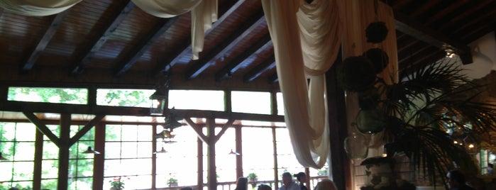 Restaurante fuentebro is one of Restaurantes a los que vuelvo  y volveré.