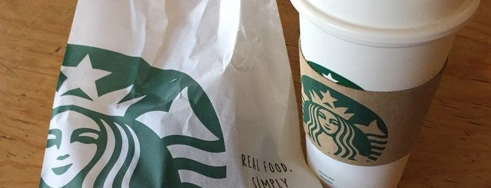 Starbucks is one of Lieux qui ont plu à Estefania.