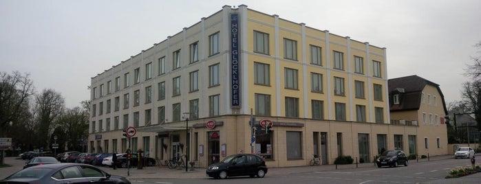 Hotel Glöcklhofer is one of Locais curtidos por Tomek.