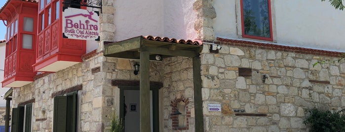 Behire Alaçatı is one of สถานที่ที่บันทึกไว้ของ Senel.