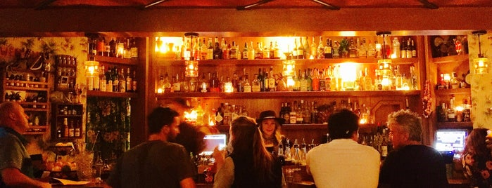 Broken Shaker is one of Chicago's Best Fireplace Restaurants and Bars.