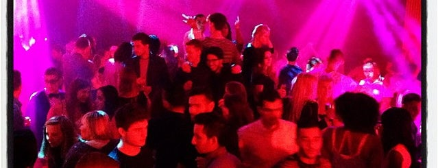 Bloody Louis is one of Best nightclubs in Brussels.