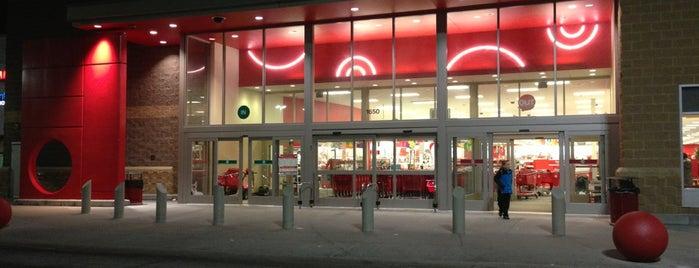 Target is one of Amber 님이 좋아한 장소.