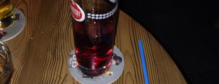Denizaltı Cafe & Bar is one of Lieux qui ont plu à Zeynep.