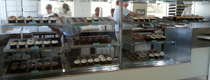 Crave Cupcakes is one of Houston Restaurants.