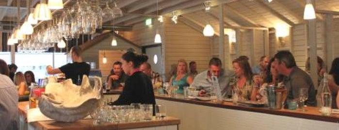 The Mermaid Kitchen & Bar is one of Richard'ın Beğendiği Mekanlar.