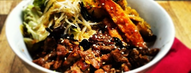 Rice & Fish is one of Dis-moi 님이 저장한 장소.