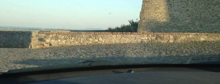 Замок Паланок is one of Den : понравившиеся места.