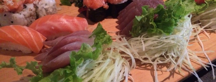 Mori Sushi is one of Lugares favoritos de Bruno.