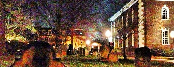 Ghost And Graveyard Tour, Alexandria Colonial Tours is one of DC - Must Visit.