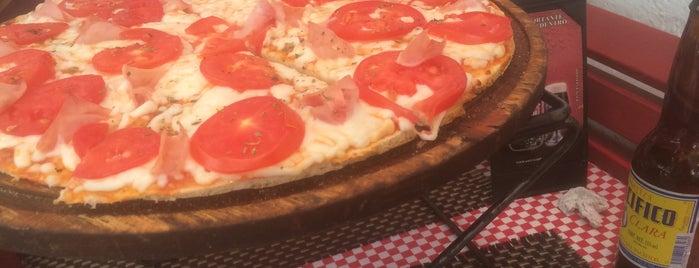 Roma Parrilla Pizza Bar is one of A ver si es cierto.