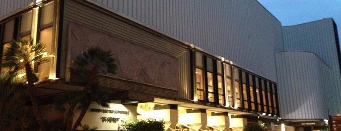Nuovo Teatro Verdi is one of Emanuele 님이 좋아한 장소.