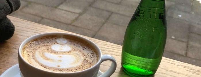 Sleepy Bear Coffee is one of Jamesさんの保存済みスポット.