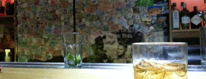 Vanity Café & Cocktail Bar is one of Posti che sono piaciuti a Betka.