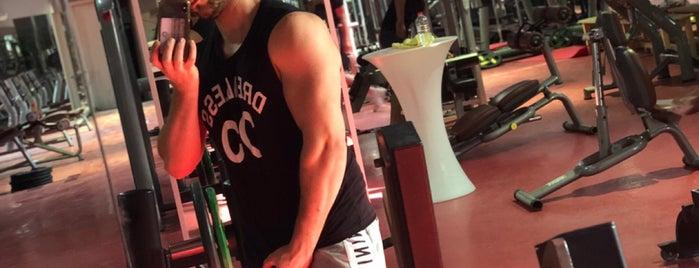 Q Fit Fitness & Spa is one of Gizemli'nin Beğendiği Mekanlar.