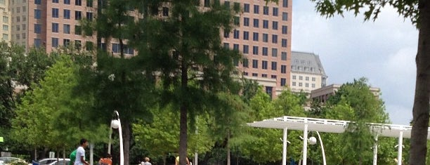 Klyde Warren Park is one of MUST-DOs in DALLAS/FORT WORTH.