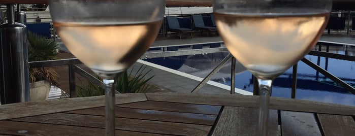 Hotel Port Salins is one of 😴sLee💤.
