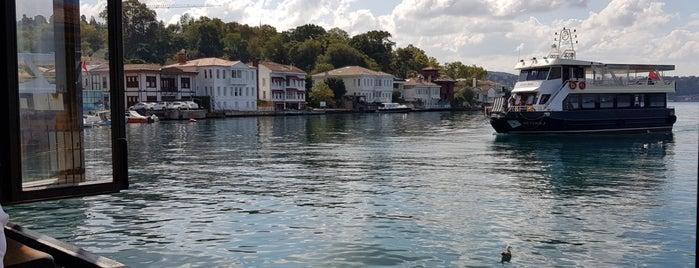 Beykoz Pier is one of สถานที่ที่ Behire ถูกใจ.