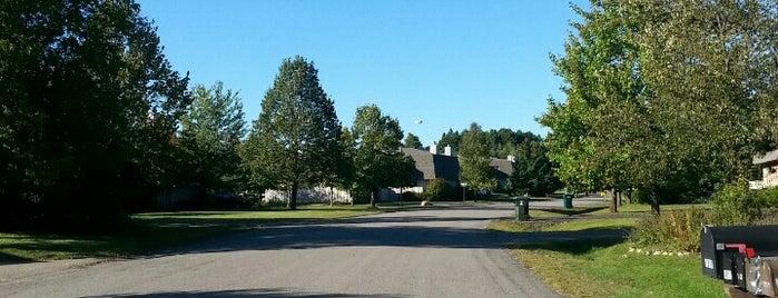 Robert W. Monk Gardens is one of Tempat yang Disukai Alcindo.