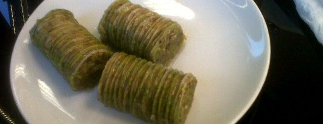 gaziantep baklavacısı is one of Locais curtidos por BURAK.