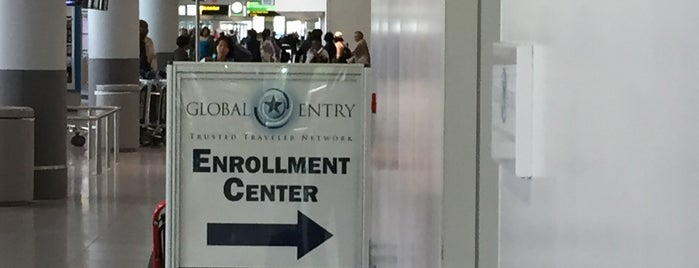 JFK Global Entry Enrollment Center is one of John 님이 좋아한 장소.