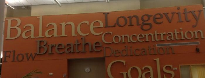 Dan Abraham Healthy Living Center - Mayo Clinic is one of Orte, die Gary gefallen.