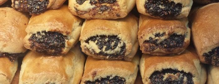 Rose & Joe's Italian Bakery is one of Astoria & Long Island City.