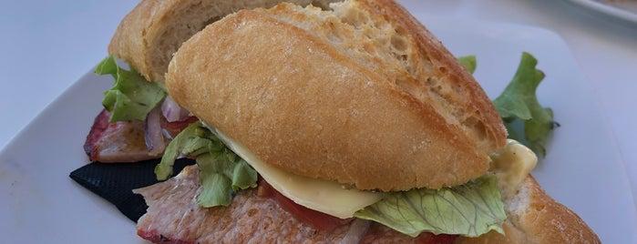 Cafetería La Baranda is one of Tenerife: desayunos y meriendas.