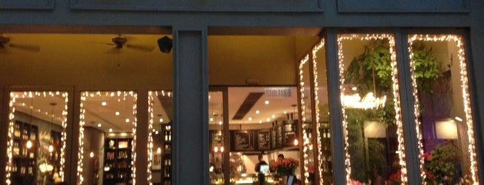 agnès b. CAFÉ L.P.G. is one of Lieux sauvegardés par Anna.