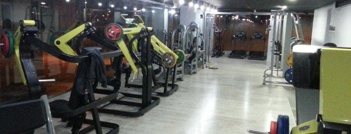 Mob Fitness Club is one of Gulseren'in Beğendiği Mekanlar.