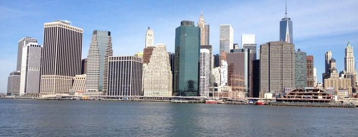 Manhattan, NY is one of Nova York.