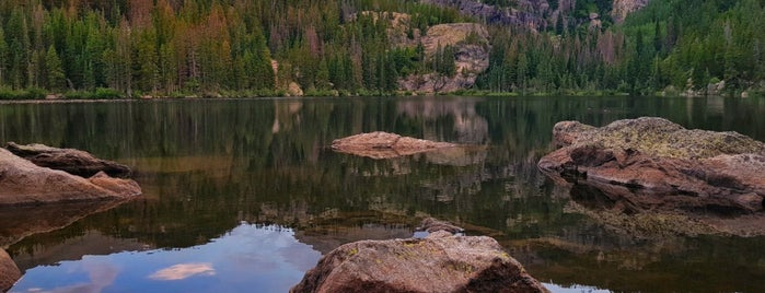 Bear Creek Lake Park is one of Tempat yang Disukai Tim.