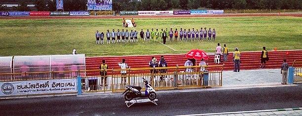 สนามกีฬาเทศบาลแหลมฟ้าผ่า is one of Posti che sono piaciuti a Yodpha.